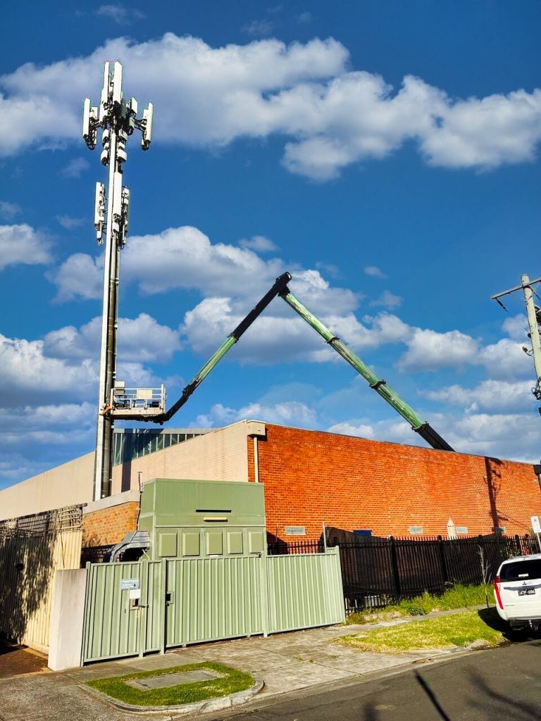 boom type ewp telecommunications