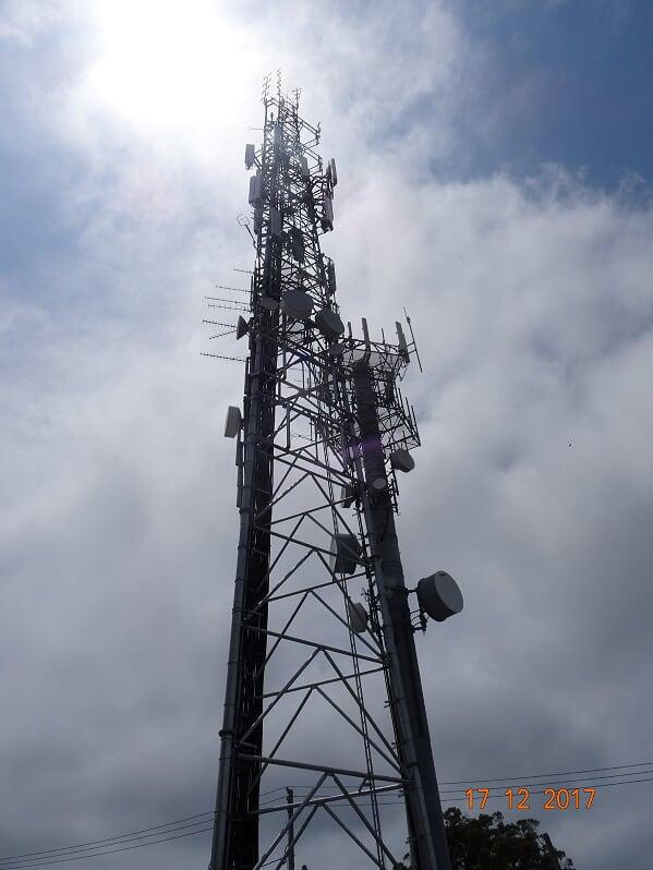 telecommunication 049
