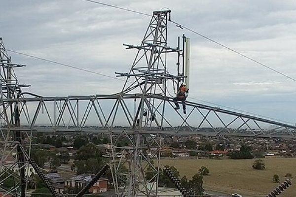powerlines 0010
