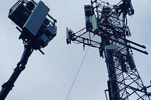 telecommunication 048